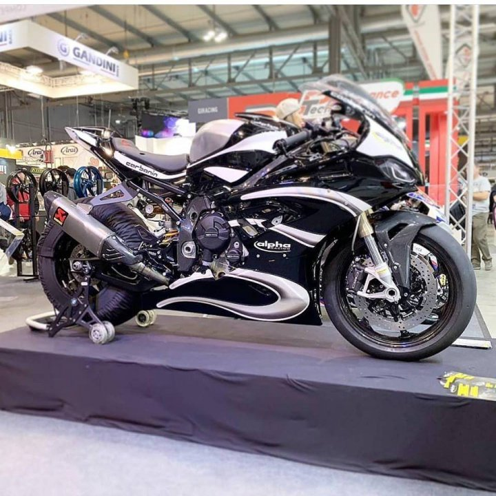 BMW Usa Login >> New BMW S 1000 RR 2019 with race fairing and alpha Racing Performance Parts.