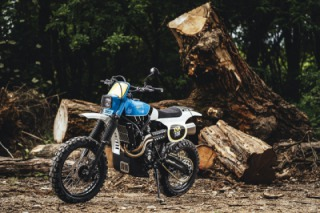 Yamaha XSR700 scrambler by Capêlo's Garage and Elemental Rides