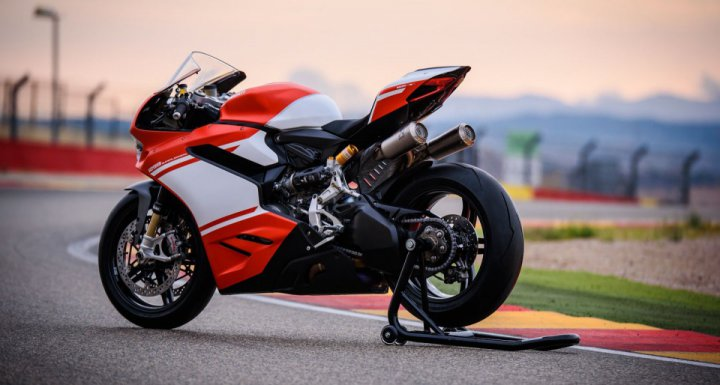 Top 10 superbikes in the world