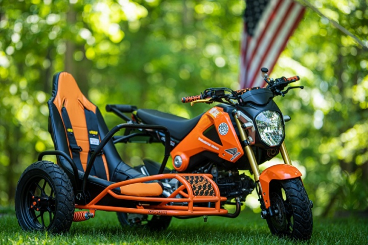 """Honda Grom sidecar """"Project Angel"""" by Industrial Moto"""