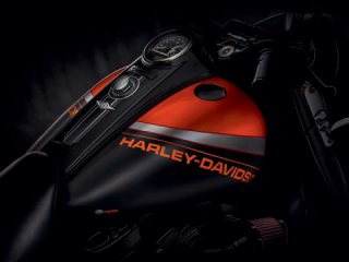 Harley-Davidson launches limited custom paint sets