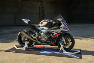 BMW M 1000 RR – The first M model from BMW Motorrad