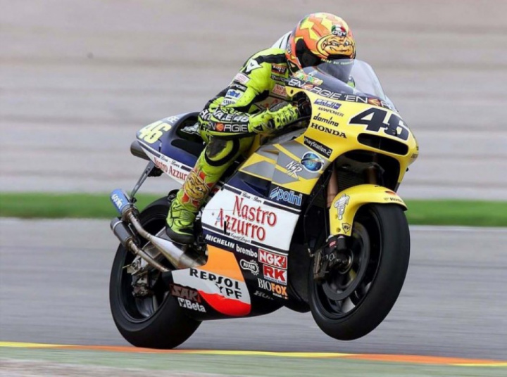 Two-stroke engines can return at MotoGP