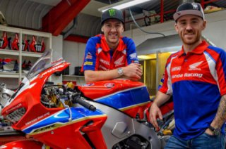 New members of Honda Road Racing 2018: Ian Hutchinson + Lee Johnston