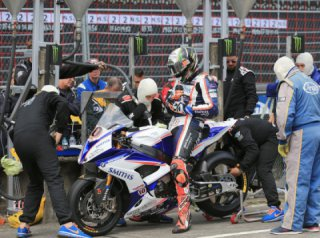 The Anatomy of an Isle of Man TT Pit Stop
