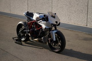 Simone Conti's Ducati SuperSport 1000 DS 2003 cafe racer