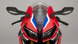 New powerful 2019 Honda Fireblade