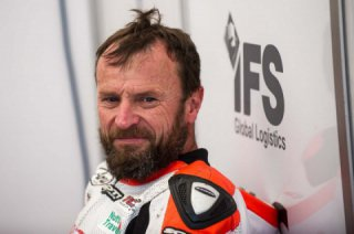 Bruce Anstey will miss Tourist Trophy 2018 because of cancer