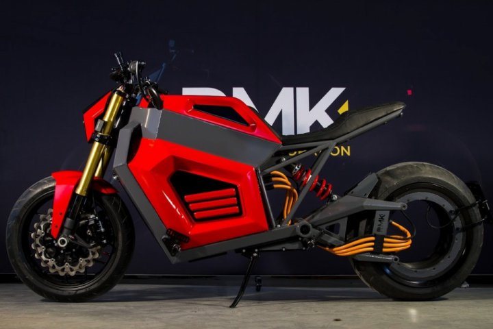 RMK E2 prototype will be presented at the MP19 Motorcycle Show