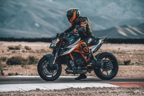 KTM's new 1290 Super Duke RR: All class, with more Rs