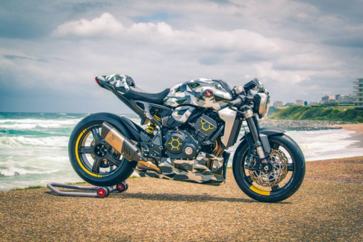 12 custom Honda CB1000Rs to celebrate 50 years of fours